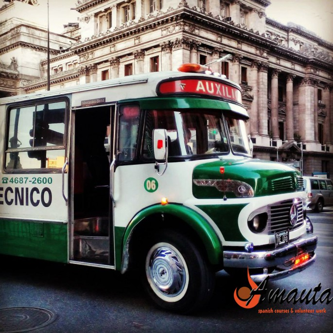 the-spanish-word-for-bus-in-argentina-is- bondi-01