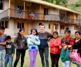 Volunteer in orphanage in Peru