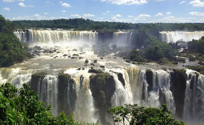 Highly Recommended Weekend Trip for Students: The Iguazu Waterfalls!