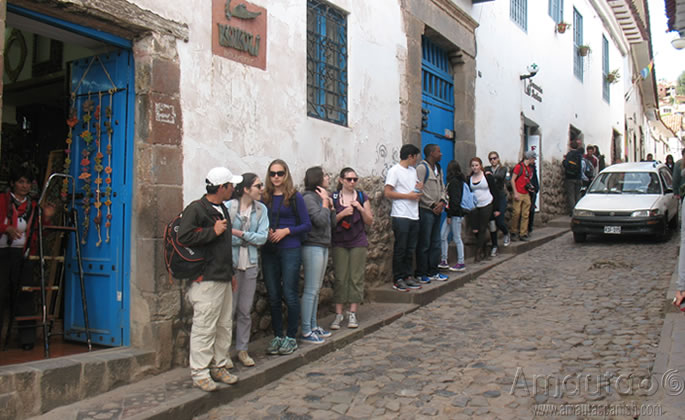 observing Spanish Students in Cusco