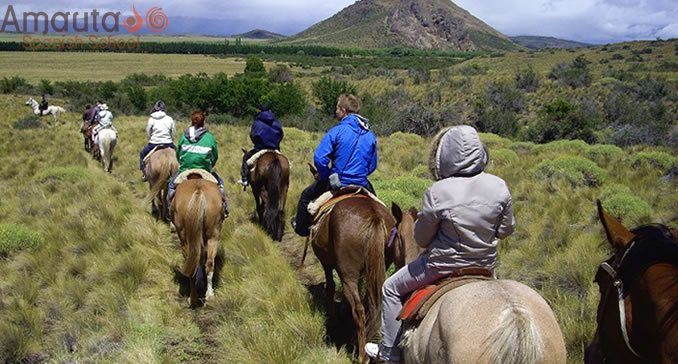 Horseback riding in the Argentinean countryside, organized by Amauta