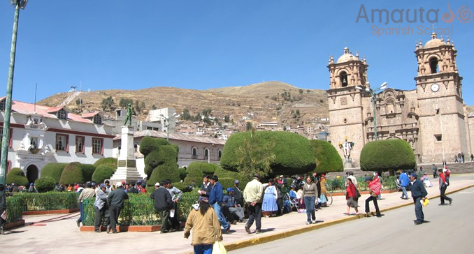 Overview of Parade Square, Puno