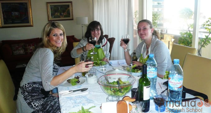 Spanish students enjoy their meal at their homestay in Buenos Aires