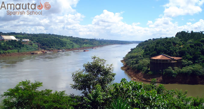 Spectacular views of Iguazu falls.