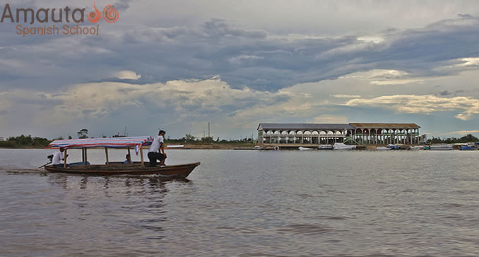 Transportation by boat on River Amazonas